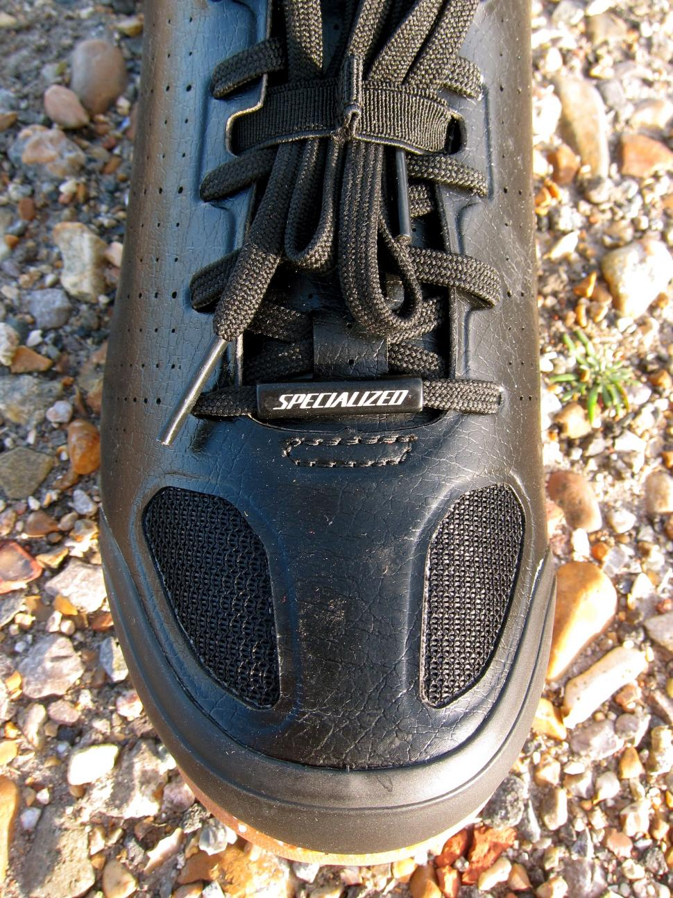Specialized Recon Mixed Terrain Shoes - Toe Mesh.jpg
