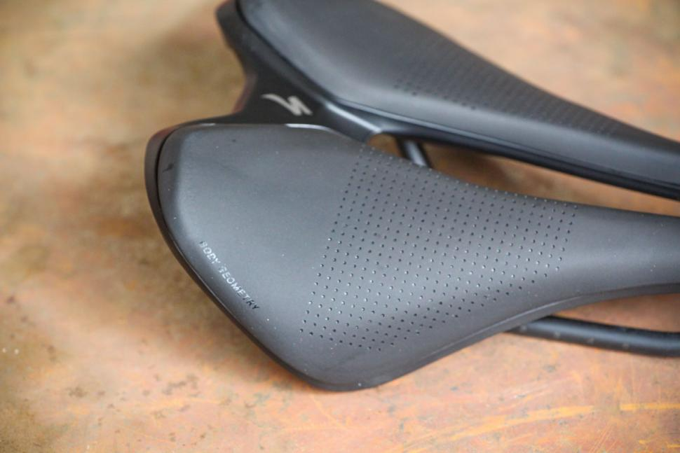 NEW 143mm Specialized Romin EVO Comp Saddle Cycling Road Bike