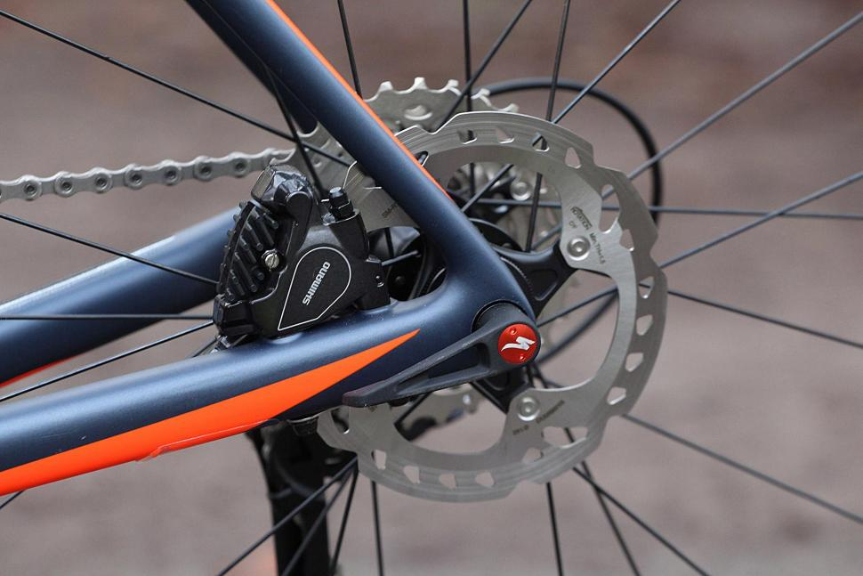 Specialized Roubaix Expert - rear disc brake.jpg