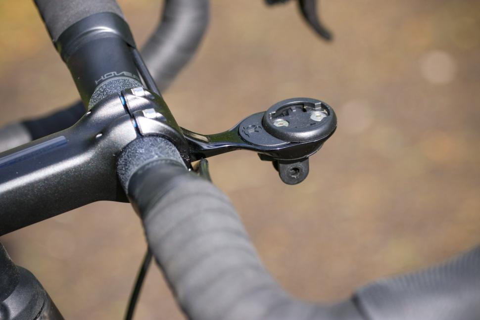 Specialized Roubaix - mount.jpg