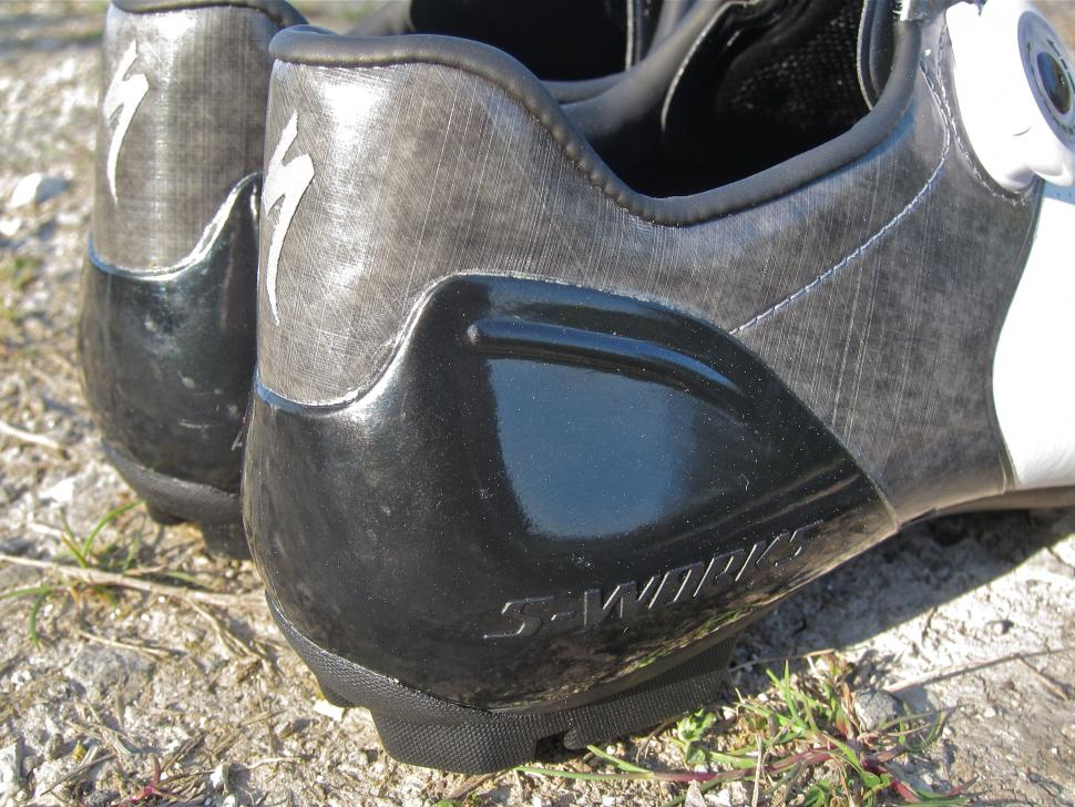6034b19dd1 Specialized S-Works 6 XC MTB Shoe - Heel Cups Side.jpg