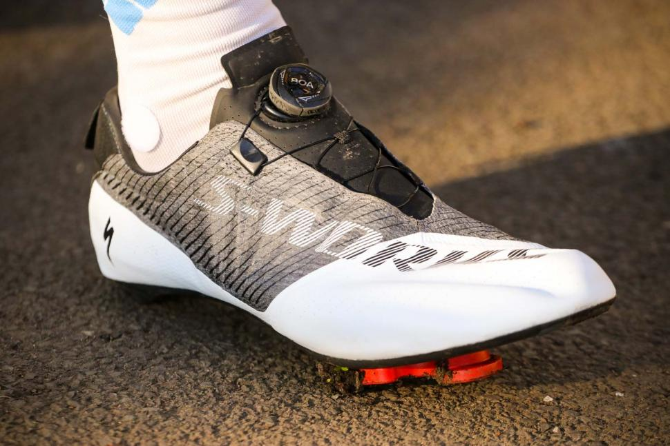 Specialized S-Works EXOS shoes.jpg