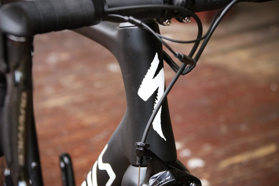 Specialized S-Works Tarmac - head tube badge.jpg