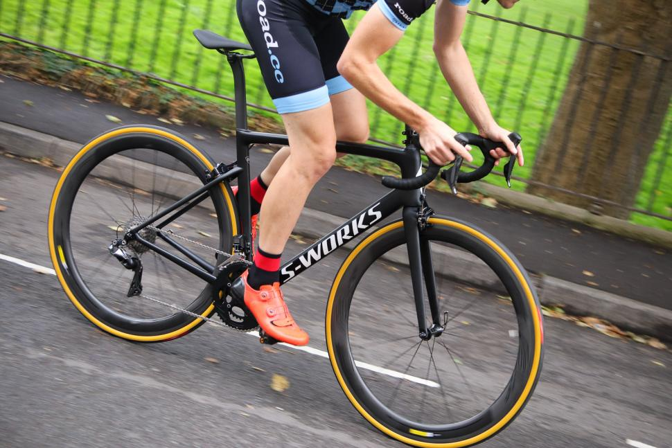 Specialized S-Works Tarmac - riding 3.jpg