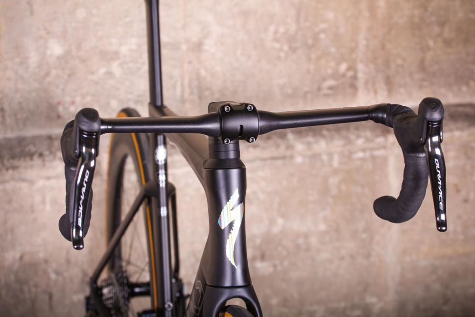 Specialized S-Works Venge - bars.jpg