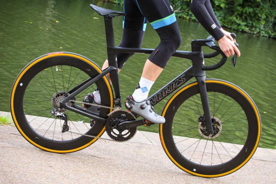 Specialized S-Works Venge - riding 5.jpg
