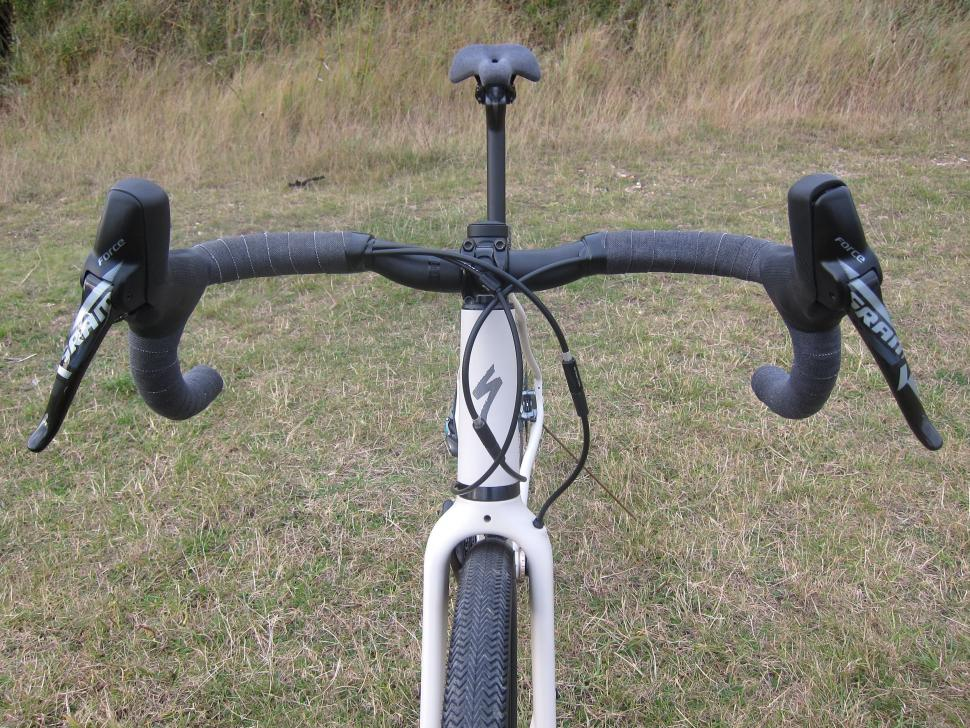 Specialized Sequoia Expert - Hover Bars Front.jpg