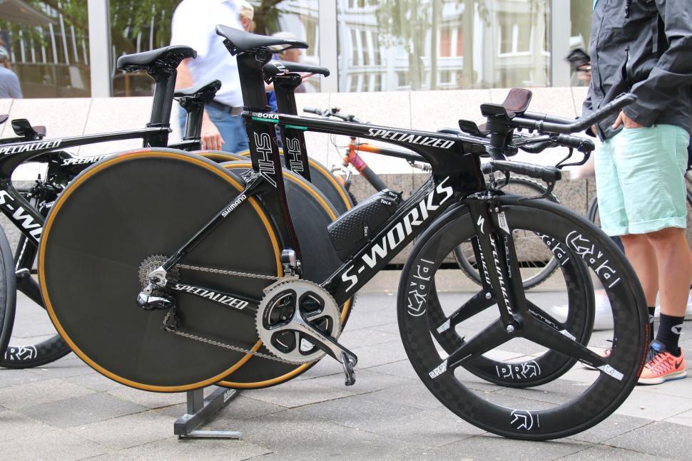 specialized shiv tt bike - 1.jpg