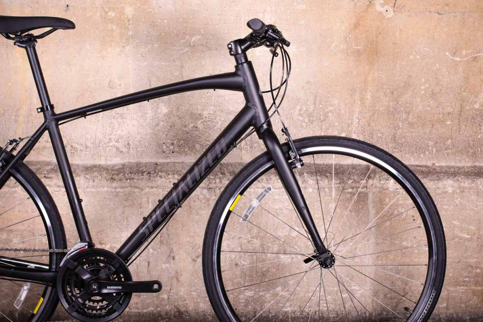 Specialized Sirrus Alloy - front.jpg