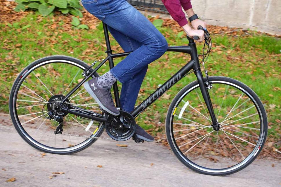 36e0be2fb1f Review: Specialized Sirrus Alloy   road.cc