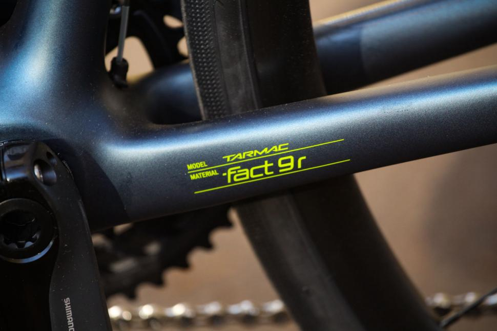 Specialized Tarmac Disc Sport - frame detail.jpg