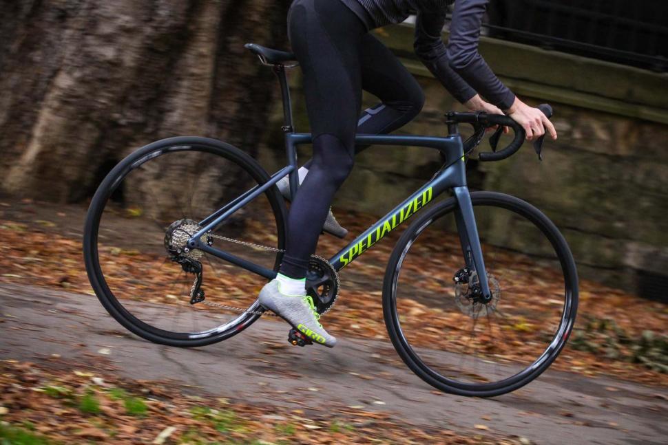 Specialized Tarmac Disc Sport - riding 3.jpg