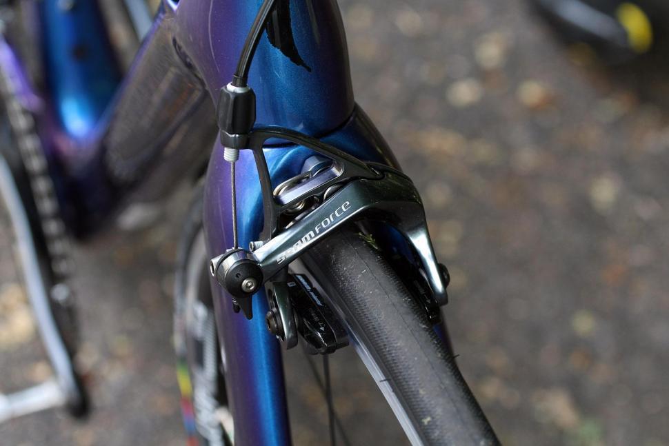 Specialized Tarmac Expert - front brake.jpg