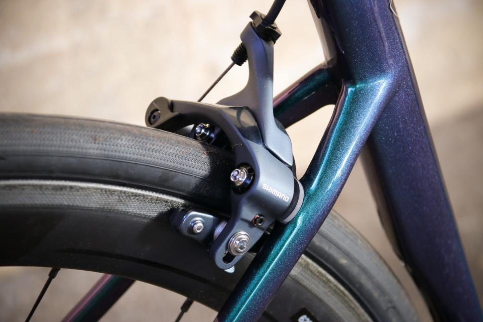 Specialized Tarmac SL 6 Pro - rear brake.jpg