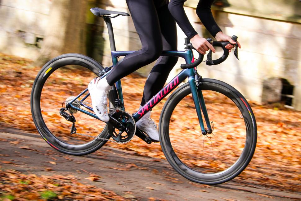 Specialized Tarmac SL 6 Pro - riding 1.jpg
