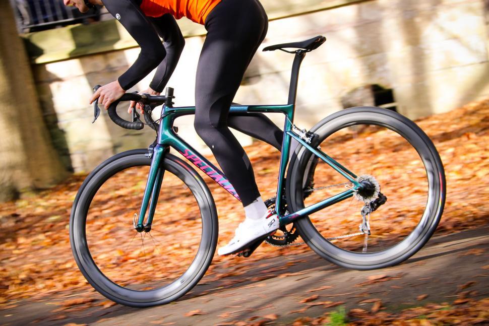 Specialized Tarmac SL 6 Pro - riding 4.jpg