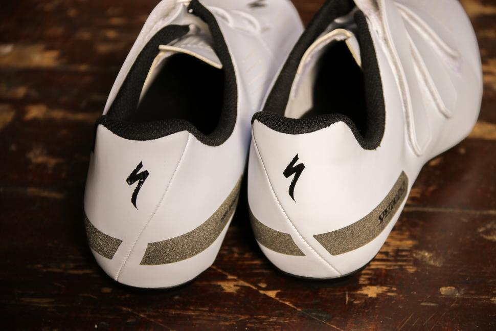Specialized Torch 1.0 shoes - heels.jpg