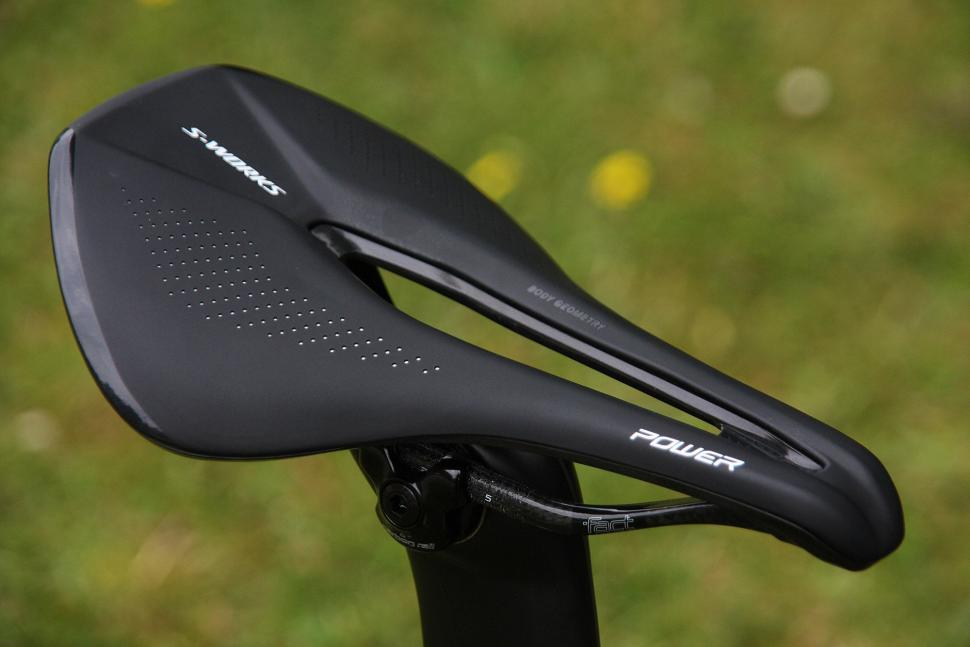 Specialized Venge ViAS Disc Etap - saddle.jpg