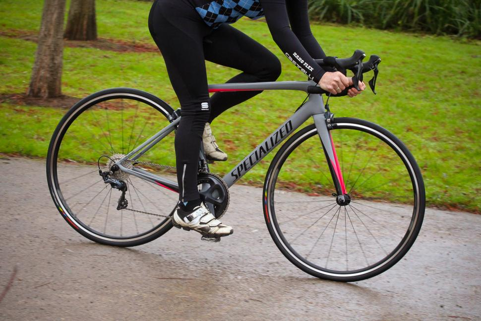 Review Specialized Tarmac Sl6 Expert Women S Road Cc