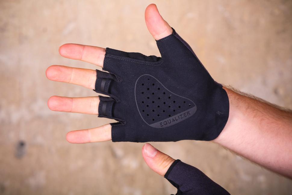 specialized_grail_gloves_-_palm.jpg