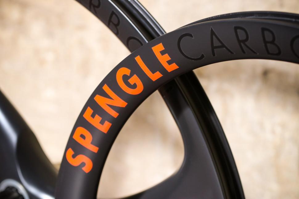 Spengle Naked Carbon wheelset - detail.jpg