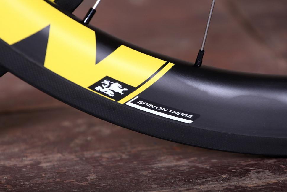 Spin Industries The Rouleur DM845 Super Fat Boys wheelset - rim detail.jpg