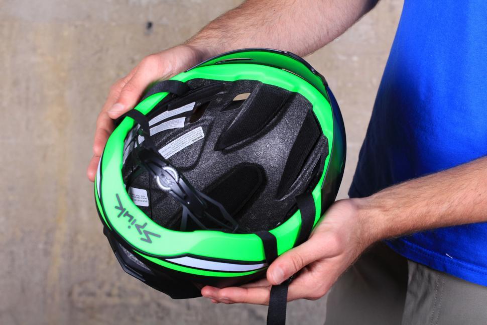 Spiuk Obuss Helmet - inside.jpg