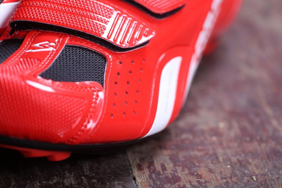 Spiuk Rodda Road Cycling Shoes - venting detail.jpg