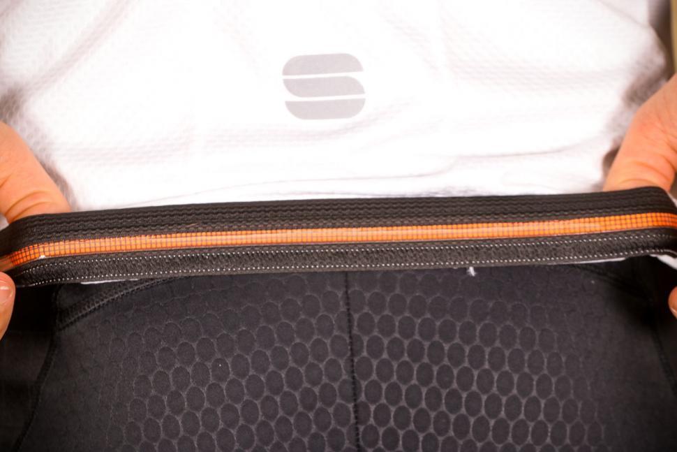 Sportful Bodyfit Pro 2.0 Evo Jersey - gripper.jpg