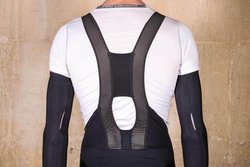 Sportful Bodyfit Pro 2.0 LTD Bibshort - straps back.jpg