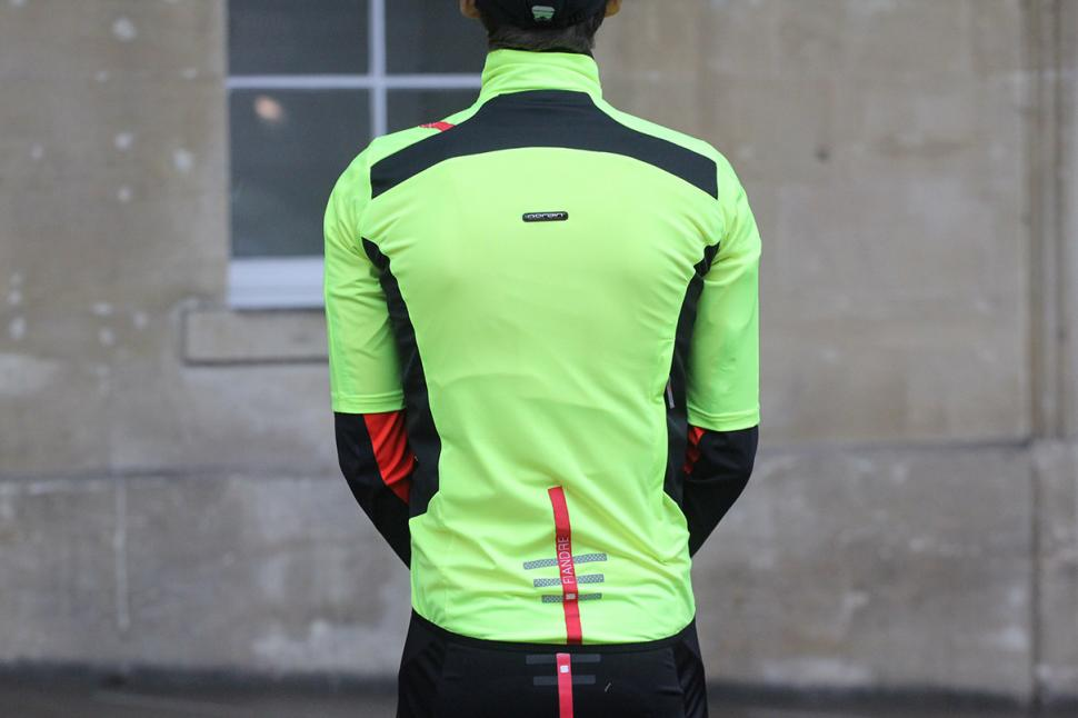 Sportful Cycling Fiandre Light Short Sleeve - back.jpg