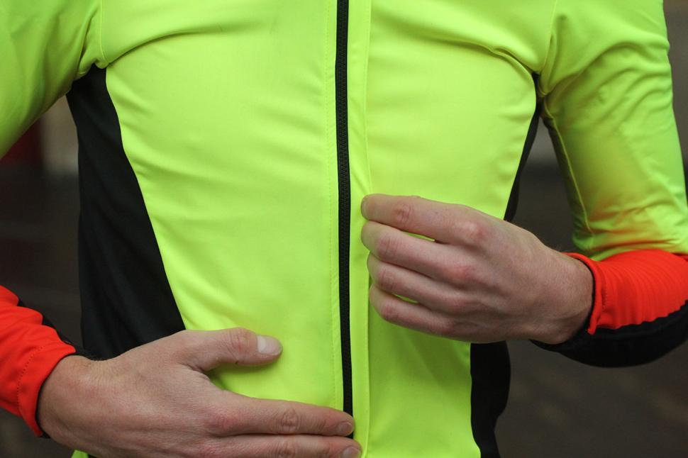 Sportful Cycling Fiandre Light Short Sleeve - zip.jpg