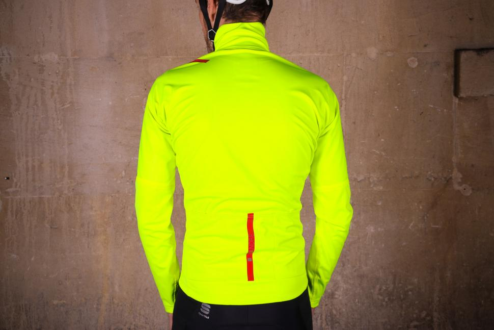 Sportful Fiandre Extreme Jacket - back.jpg