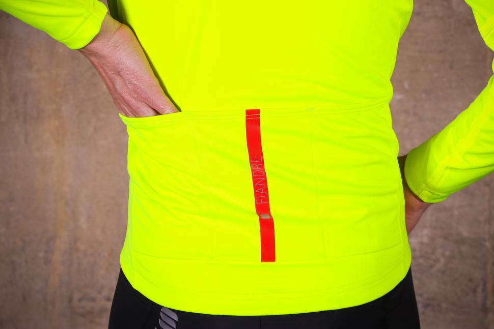 Sportful Fiandre Extreme Jacket - pockets.jpg