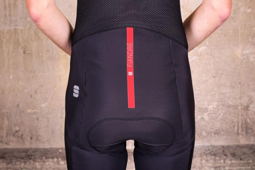 sportful-fiandre-no-rain-pro-bib-tight-back-detail.jpg