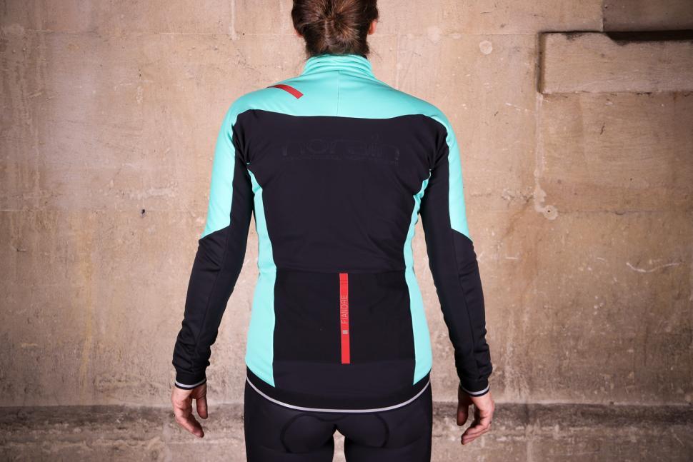 Sportful Fiandre Norain W Jacket - back.jpg