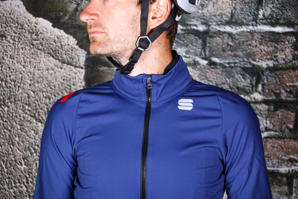Sportful Fiandre Pro Jacket - chest.jpg