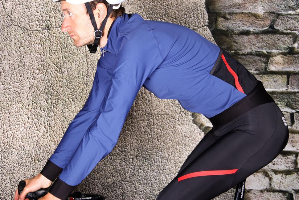 Sportful Fiandre Pro Jacket - riding.jpg