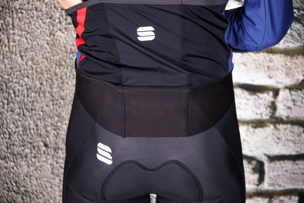 Sportful Fiandre Pro Jacket - tail.jpg