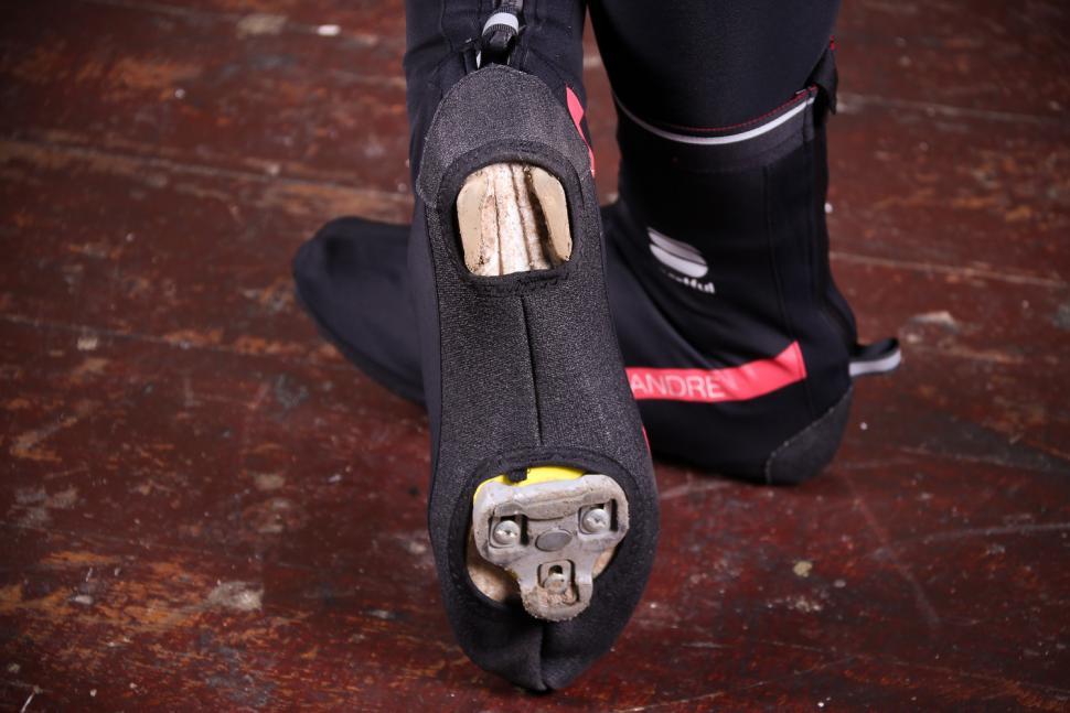 Sportful Fiandre WS Bootie - sole.jpg