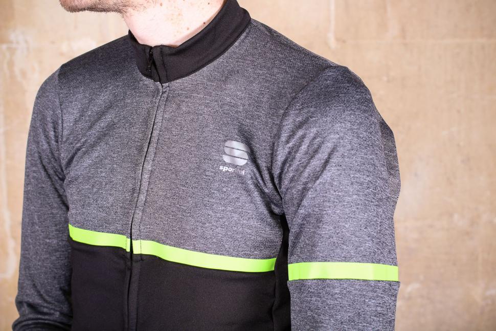 Sportful Giara Warm Long Sleeve Jersey - chest.jpg