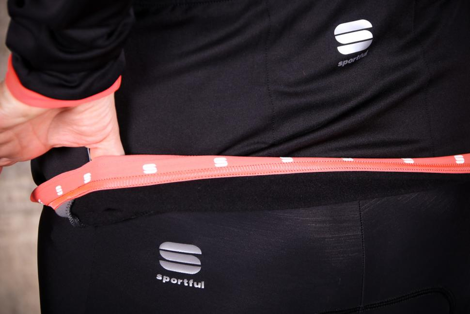Sportful Luna Softshell Jacket - gripper.jpg