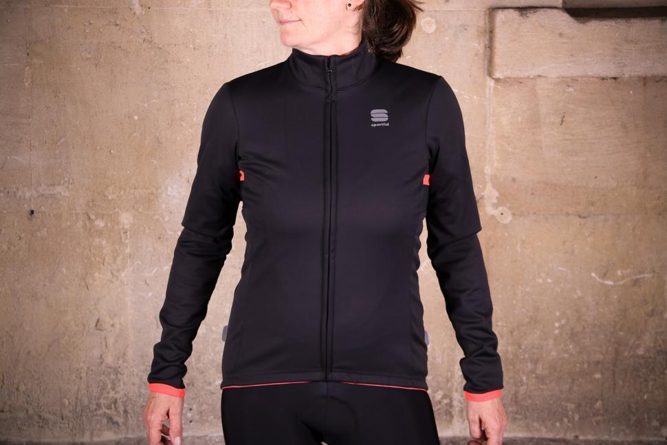Sportful Luna Softshell Jacket.jpg