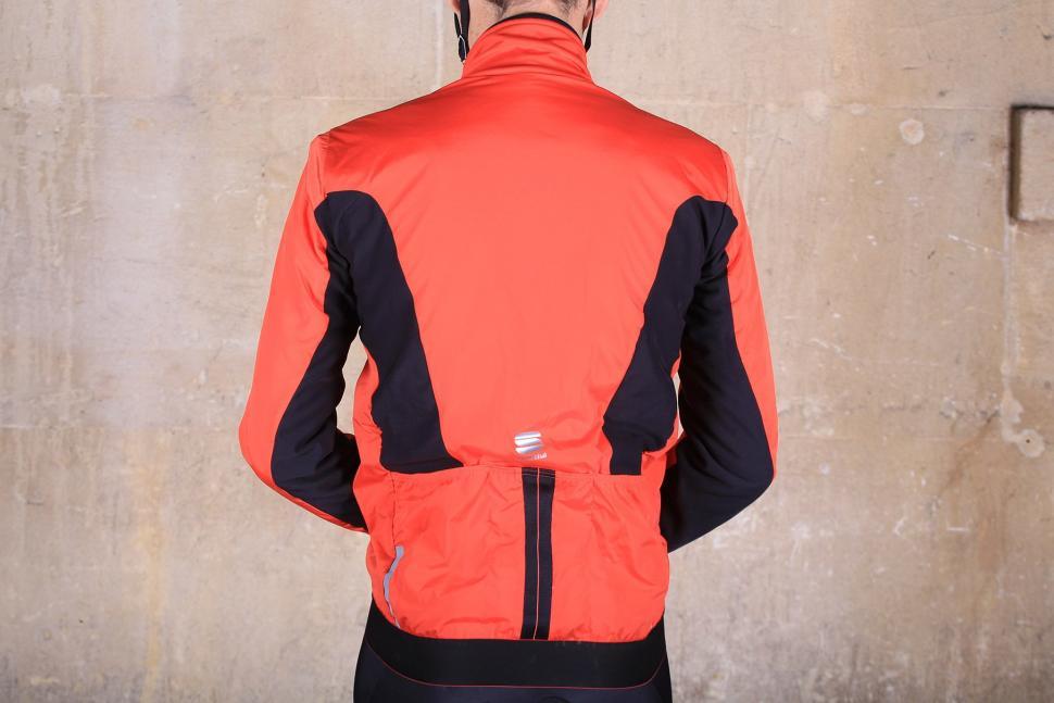 Sportful R and D Zero Jacket - back.jpg