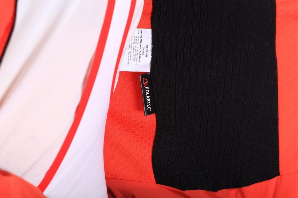 Sportful R and D Zero Jacket - inside Polartec.jpg