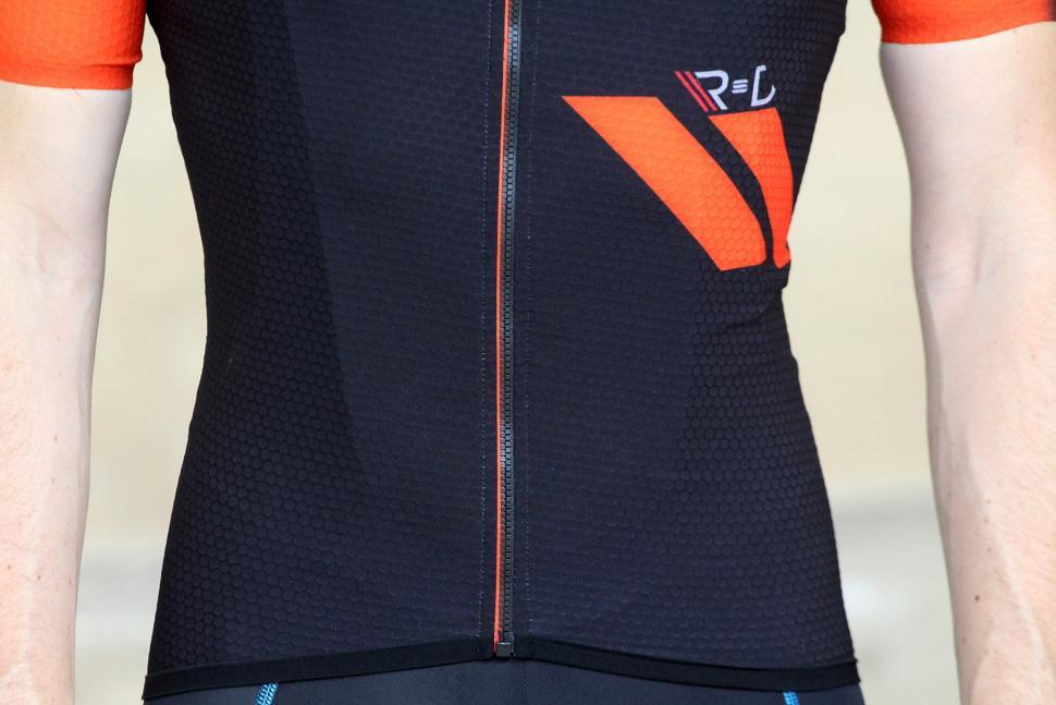 Sportful RandD Cima jersey - detail.jpg