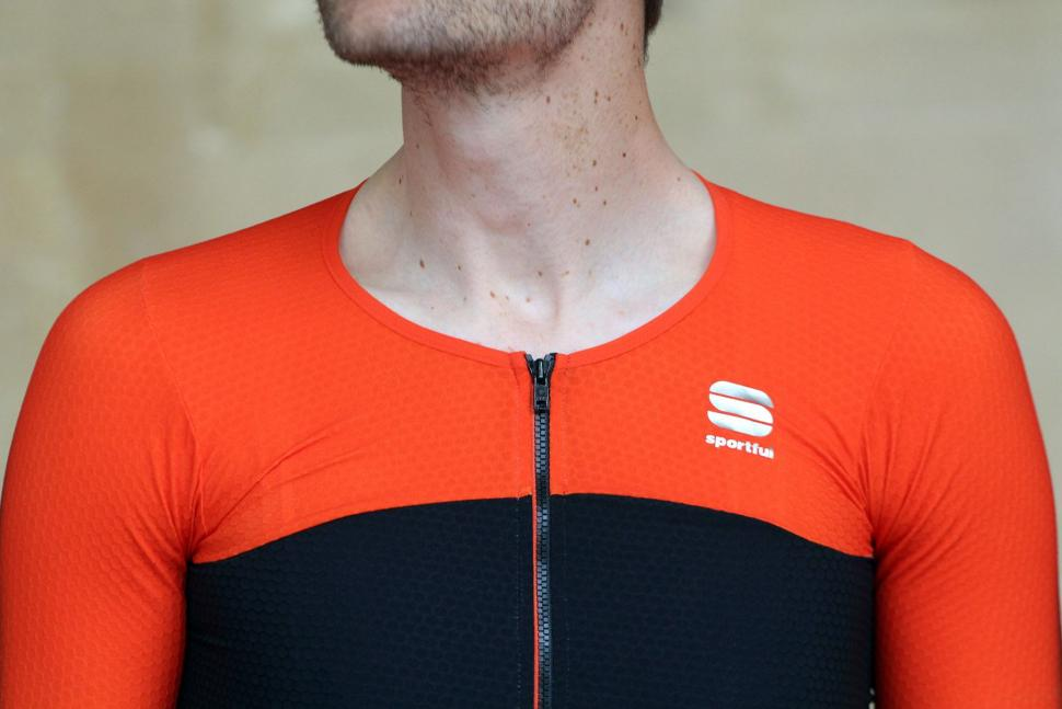 Sportful RandD Cima jersey - neck.jpg