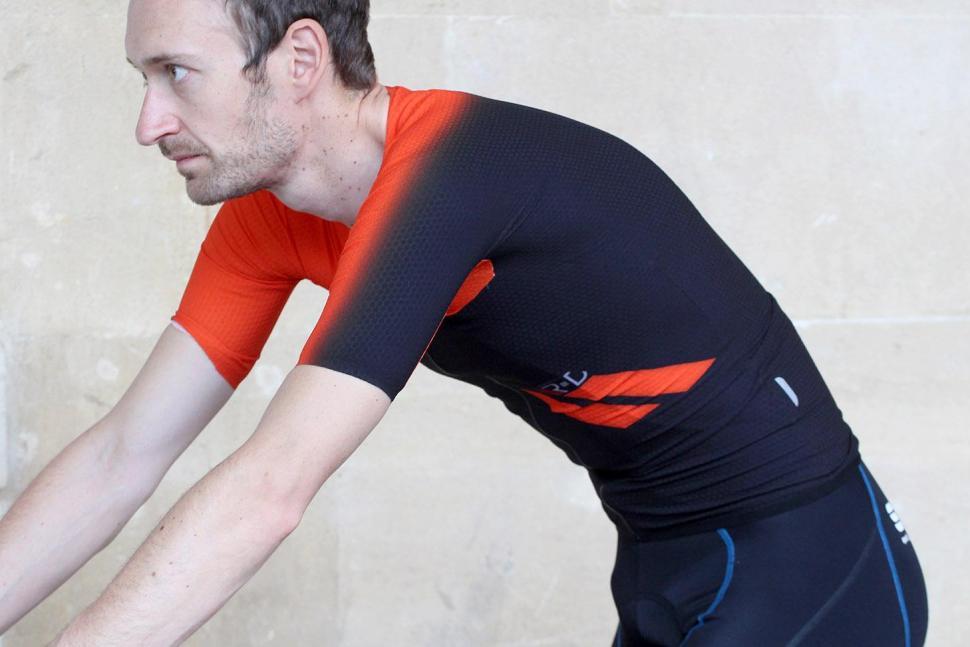 Sportful RandD Cima jersey - riding.jpg