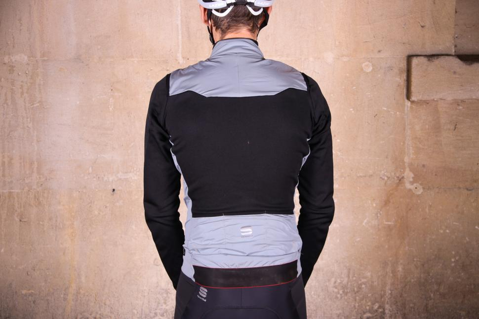 Sportful R&D Strato Top - back.jpg