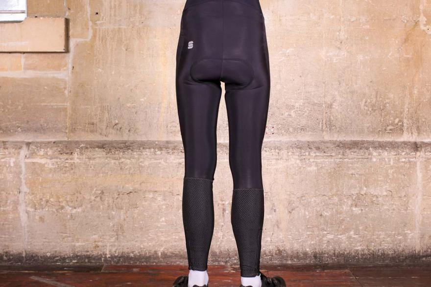 sportful-total-comfort-bib-tight-back.jpg